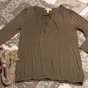 Michael Kors military green knit stretchy top Med.